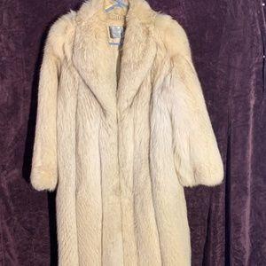 Real Silver Fox SAGA Full Length Fur